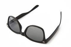 Czarni klasyczni plastikowi okulary przeciwsłoneczne obraz royalty free