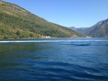 Czarnogórski morze i wzgórza zdjęcie royalty free