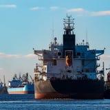 Czarny ładunku statek Fotografia Stock