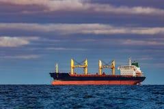 Czarny ładunku statek Zdjęcia Royalty Free