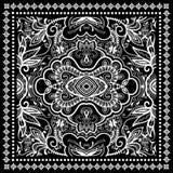 Czarny bandana druk, jedwabniczy szyja szalik lub chustka, Fotografia Royalty Free