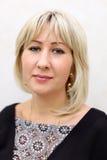 czarny blondynki suknia ubierająca portreta kobieta Fotografia Stock