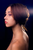 czarny brunetki odosobniona portreta kobieta Zdjęcie Royalty Free