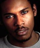 czarny człowiek płakania fotografia royalty free