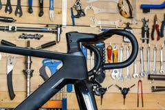 Czarny drogowy rower obraz royalty free