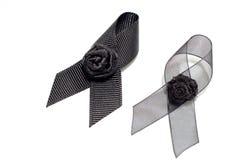 Czarny faborek; dekoracja czarny tasiemkowy ręcznie robiony artystyczny projekt dla smucenia wyrażenia odizolowywającego na biały Zdjęcia Royalty Free