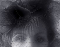 czarny film noir biała kobieta wygląda Obraz Royalty Free