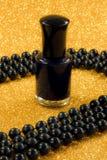 Czarny gwoździa lakier Zdjęcie Stock