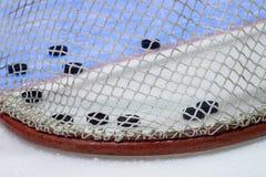 czarny hokeja lodu krążek hokojowy lodowisko sport na śnieg na zimę zdjęcia royalty free