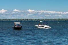 Czarny i biały łodzie Fotografia Royalty Free