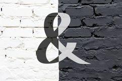 Czarny i biały ściana jeden obraz royalty free