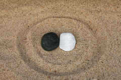 Czarny i biały kamienie zdjęcie royalty free