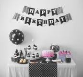 Czarny I Biały przyjęcie urodzinowe dekoracja Obrazy Royalty Free