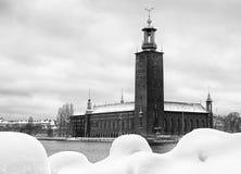 Czarny i biały wizerunek Sztokholm urząd miasta. Obraz Stock