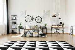 Czarny i biały dywan Obrazy Royalty Free
