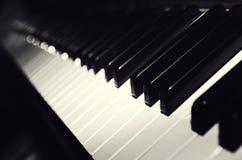 Czarny I Biały Fortepianowi Klucze Obrazy Stock