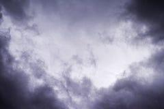 Czarny i biały niebo i burz chmury Obrazy Royalty Free