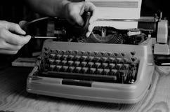 Czarny i biały retro maszyna do pisania list Fotografia Royalty Free