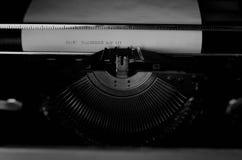 Czarny i biały retro maszyna do pisania list Fotografia Stock