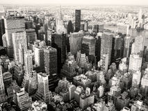 Czarny i biały widok Miasto Nowy Jork wliczając Chrysler Bui Zdjęcia Royalty Free