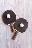 Czarny kant dla śwista pong balowego drewnianego tła odgórnego widoku Obrazy Stock