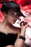 czarny kapelusz kobieta Zdjęcia Royalty Free