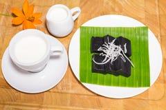 Czarny kokosowy słodki puddingu deser Zdjęcie Stock