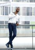 Czarny męski moda modela ono uśmiecha się Zdjęcie Stock