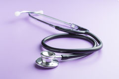 Czarny medyczny stetoskop Obrazy Stock