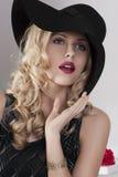 czarny mody dziewczyny kapeluszu portret Obrazy Royalty Free