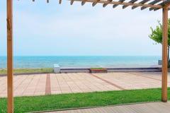 Czarny morze od ogródu fotografia stock