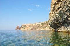 Czarny morze przy przylądkiem Phiolent Crimea, Ukraina Jaspis plaża i Ca zdjęcie stock