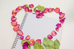 Czarny Notepad Miłości pojęcia szablonu Realistyczny notatnik pusta c d faktura o Fotografia Royalty Free