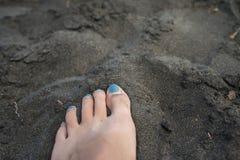 czarny piasek na plaży Zdjęcia Royalty Free