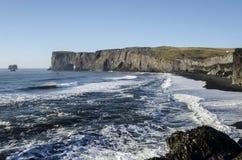 Czarny Plażowy Iceland wybrzeże zdjęcia stock