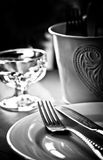 czarny położenia stołu biel Fotografia Royalty Free