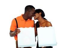 czarny pudełka dobierają się mienia całowania pizzę Zdjęcia Stock