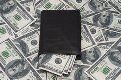czarny rzemienny portfel Zdjęcie Stock