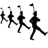 Czarny sylwetka żołnierz maszeruje z rękami na paradzie Obraz Royalty Free