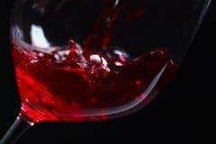 czarny tła czerwone wino zdjęcie stock