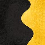 Czarny tło z falistym złocistym abstrakcjonistycznym kształta projektem Zdjęcia Royalty Free