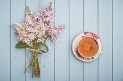 Czarnych anglików herbata i kwitnący bez Obraz Royalty Free