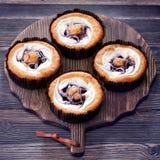 Czarnych jagod muffins torty Zdjęcie Royalty Free