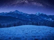 Czarodziejska Bożenarodzeniowa carpathian noc Obrazy Royalty Free