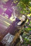 Czarownica z dziwaczną klatką Fotografia Royalty Free