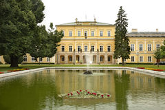 Czartoryski宫殿在Pulawy 波兰 免版税库存照片
