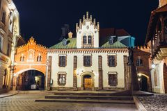 Czartoryskimuseum in oude stad van Krakau bij nacht Royalty-vrije Stock Afbeelding