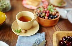 Czas dla herbaty i jagod Obraz Royalty Free