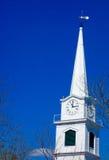 Czas, Zegarowy wierza, osiąga Obrazy Royalty Free