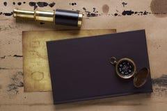 Czasopismo kompas Obrazy Royalty Free